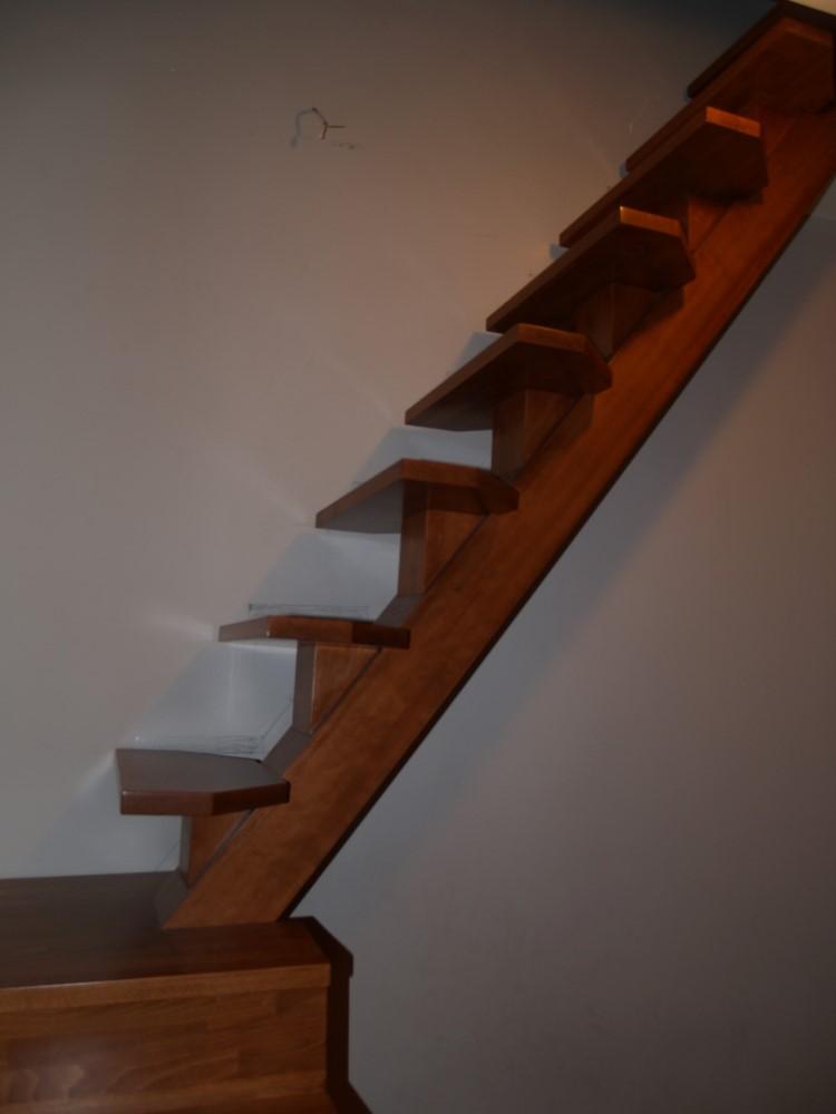 Σκάλα ειδική κατασκευή