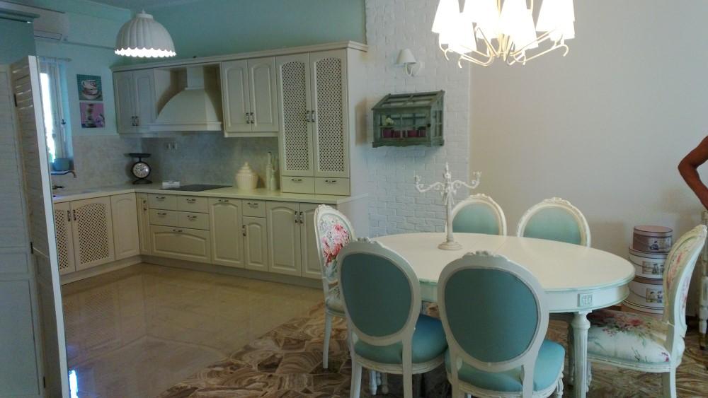 Κουζίνα λευκή από μασίφ Δρυς